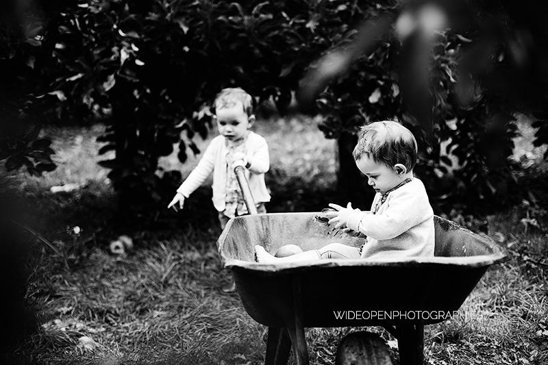 louise et camille s ance avec les grands parents pr s de mulhouse photographe naissance. Black Bedroom Furniture Sets. Home Design Ideas